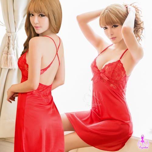 :大紅蕾絲交叉美背睡衣