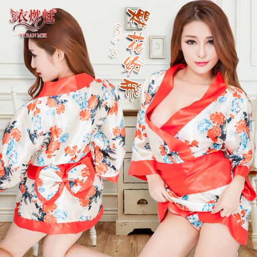 :櫻花紛飛!迷惑女人香日式和服浴袍三件組
